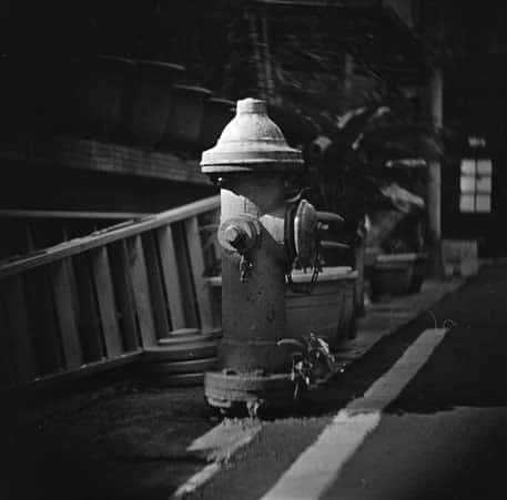 Hydrant - Rollei Infrared 400 shot at ISO400