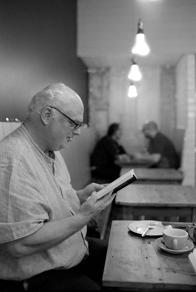 The Reading Man - Keith Moss