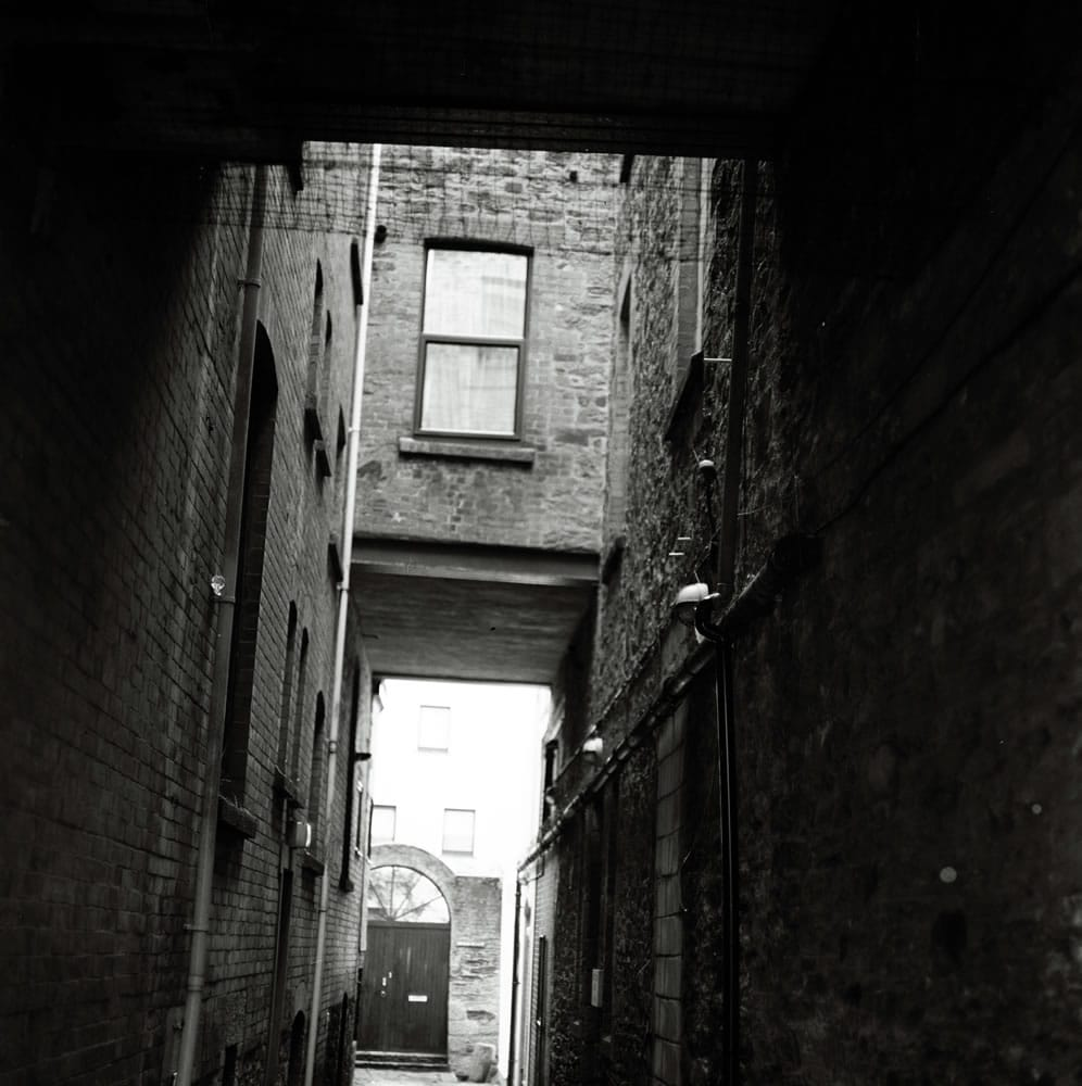 Alley - Bronica, Ilford FP4+ 125