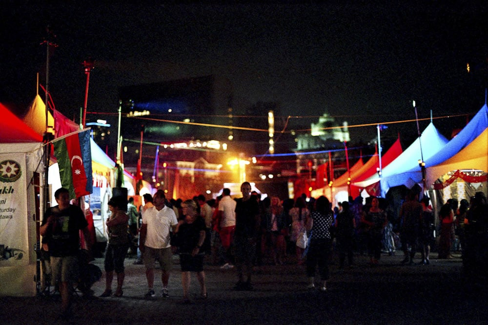 Orientalys - A shot of the festival scene in Montreal's Old Port. Canon F-1, Agfa Vista 400 Plus at EI 1600