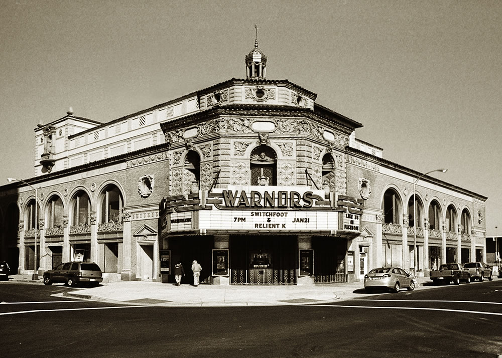 Pentax 645 - Warner's Theater - Fresno, CA - Pentax-A 645 45mm - ILFORD HP5+