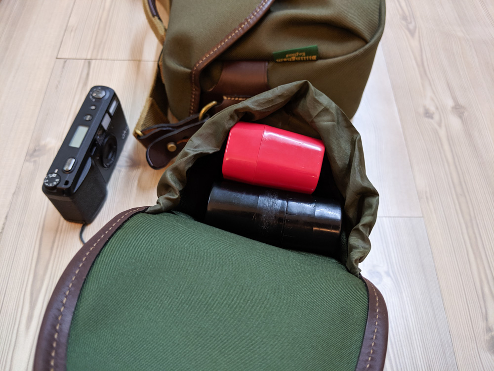 Billingham AVEA 7 end pocket (with 120 and 135 JCH film cases - open)