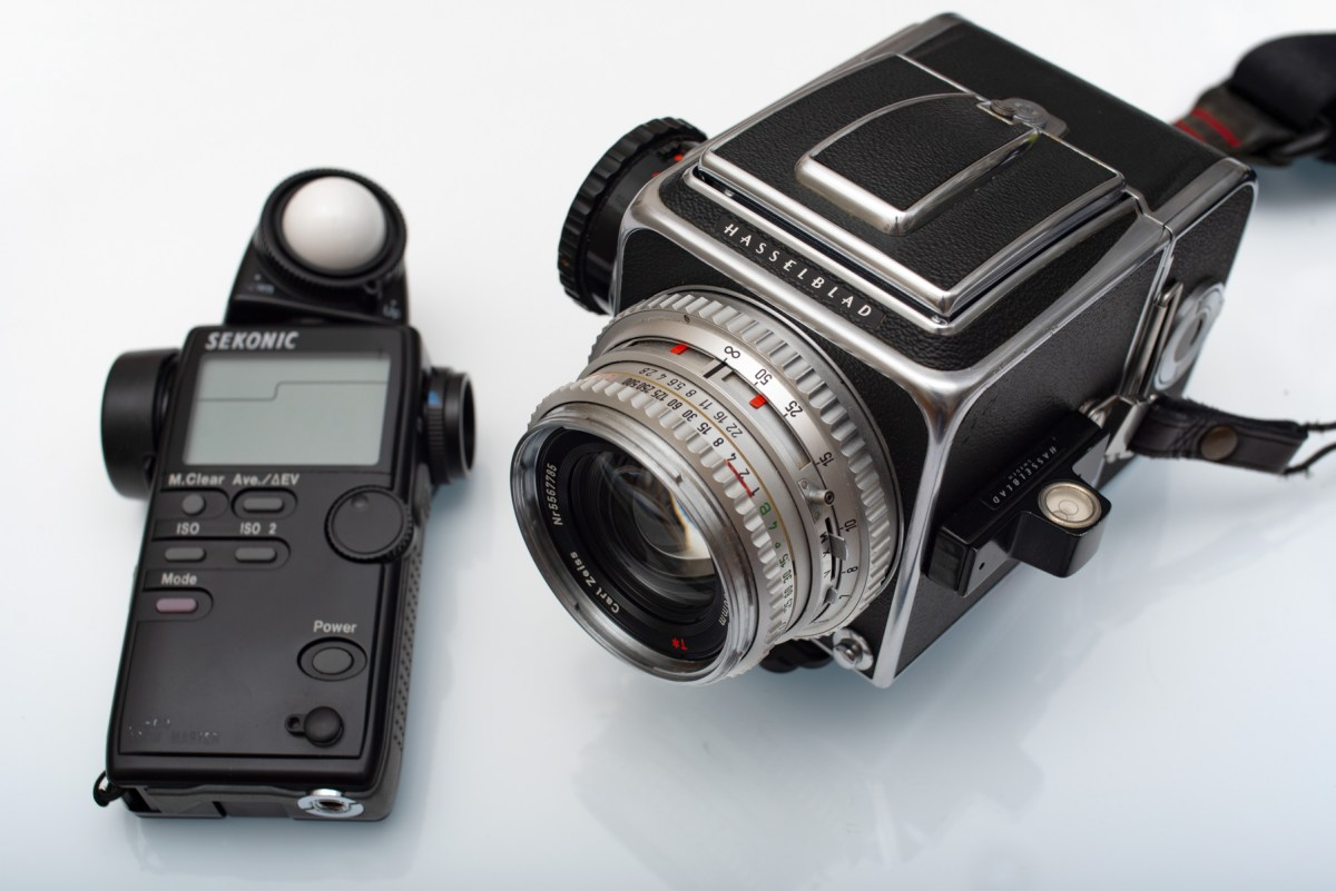 My Hasselblad 500C/M, Zeiss Planar 80mm f:2.8 C and Sekonic L-508 light meter