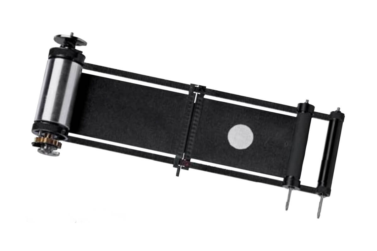 Leica M6 and M6 TTL cloth shutter assembly. Image credit: Leica promotional material