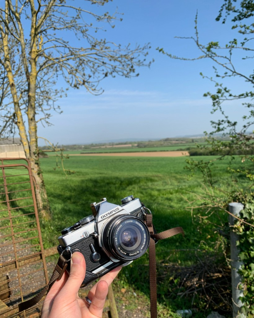 The Olympus OM-1 on a lovely walk in the Oxfordshire countryside