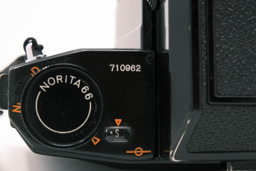 Norita 66 camera with waist level finder - Top (Left, close-up)