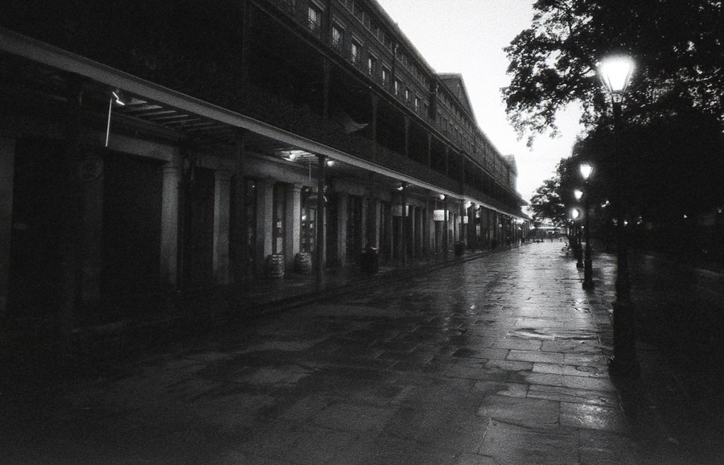 Foma Retropan 320 Soft: A valuable way of seeing - New Orleans - Canon AE1 Program