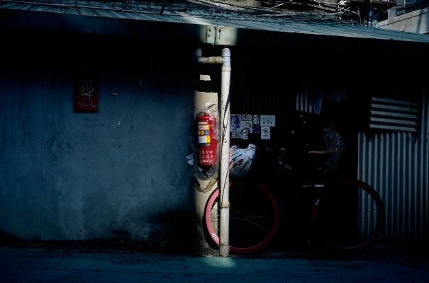 Photography: One straight line – Shot on Kodak EKTACHROME E100 at EI 100 (120 Format)