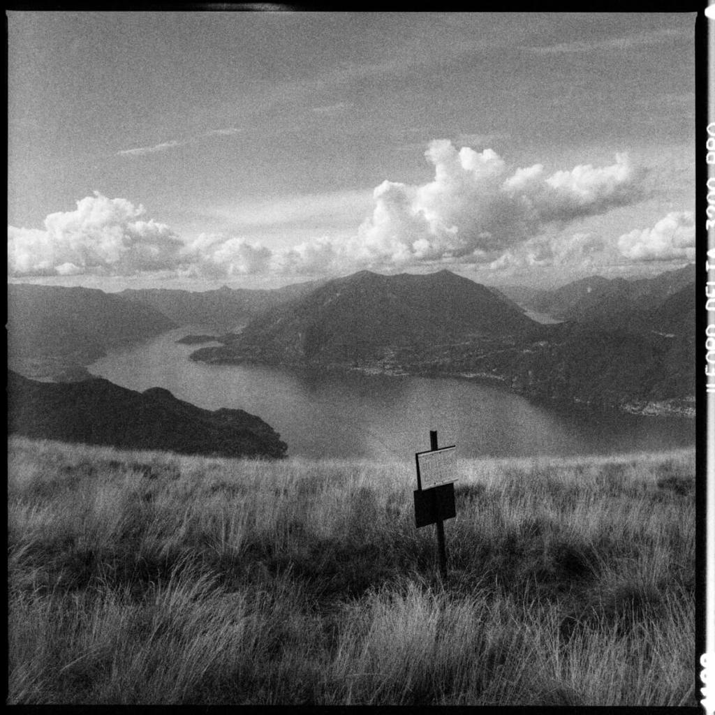 5 Frames... Around lakes Como and Lugano on expired ILFORD Delta 3200 Professional (120 Format / EI 1000 / Hasselblad 500 C:M + Hasselblad Distagon C T* 50mm f/4)