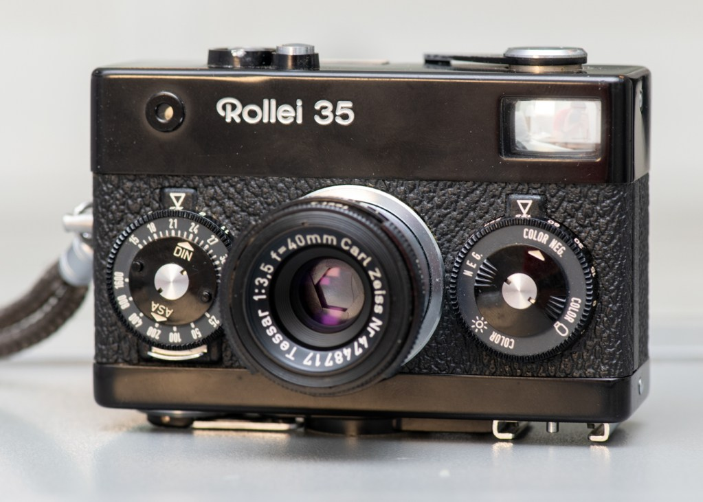 Rollei 35 and Carl Zeiss Tessar 40mm f/3.5