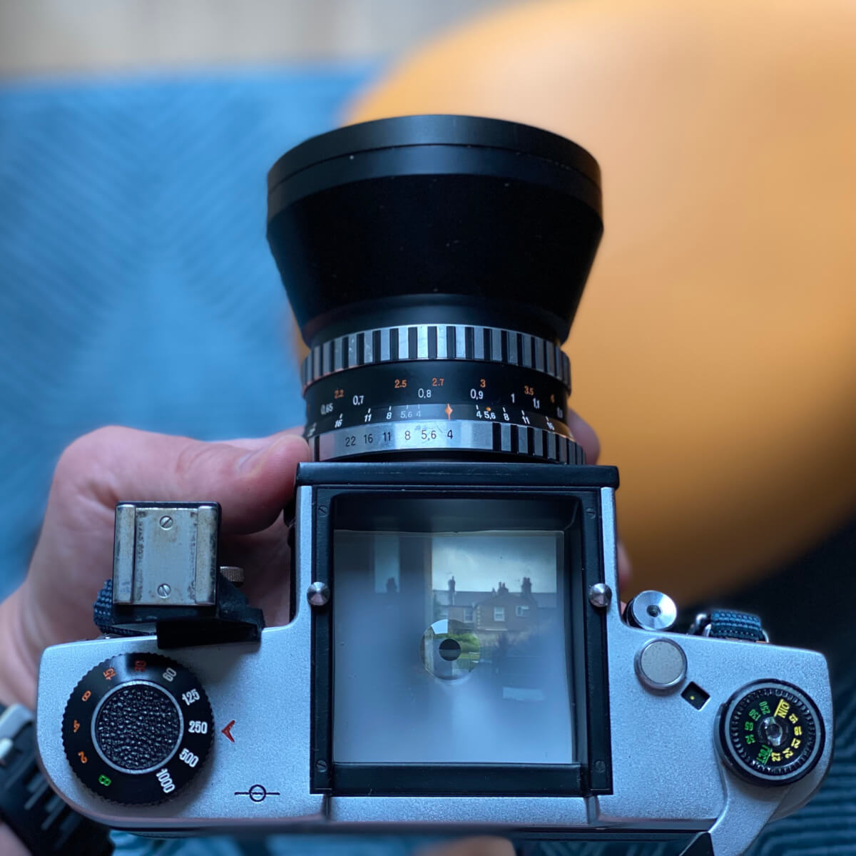 The focusing screen without hood or pentaprism attached