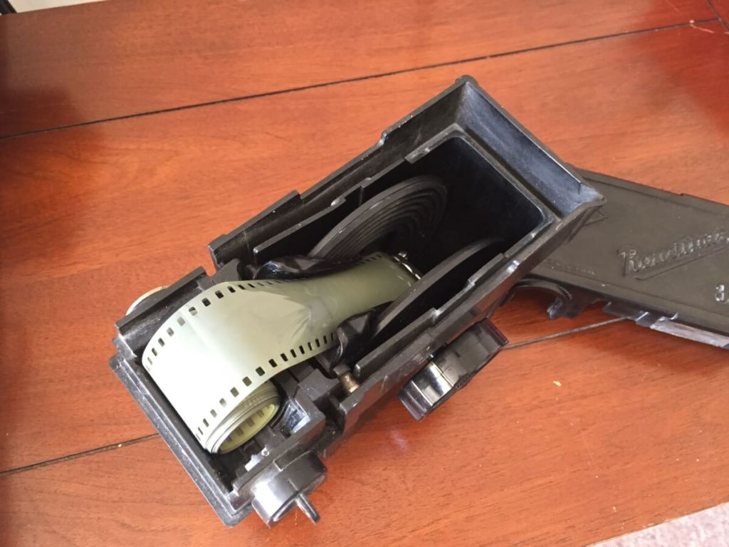 Agfa Rondinax 35U review - Getting the film loaded 01