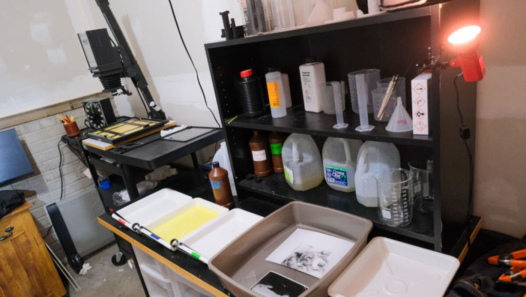 My waterless darkroom's water/rinse tray (gray) in context